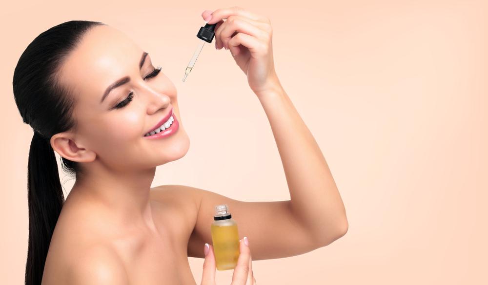 minyak zaitun penghalus wajah